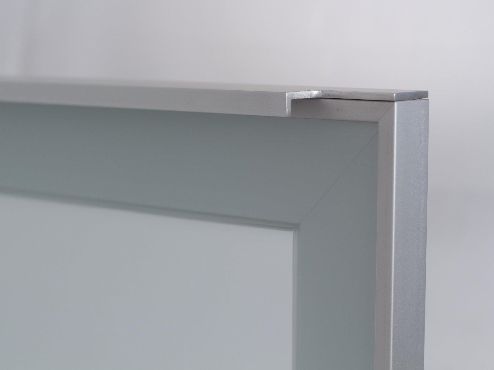 Porta-13 (Perfil V01 mate + puxador P05 mate + vidro fosco)