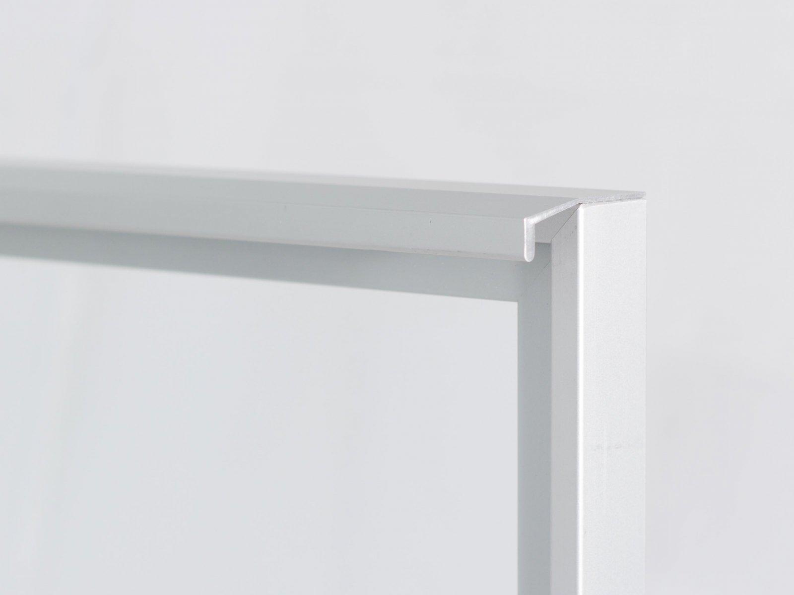 Porta-4 (Perfil V03 mate + puxador L05 mate + vidro incolor)